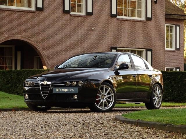 Alfa Romeo 159 2.2 JTS TI Nav Stoelverw 19 inch Brembo Compleet!