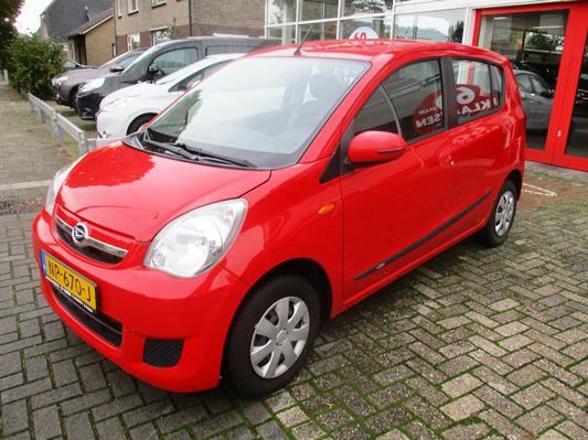 Daihatsu Cuore 1.0 Premium AUTOMAAT | dealer auto | airco | 46.000 KM | schuifbank | el. pakket VERKOCHT!