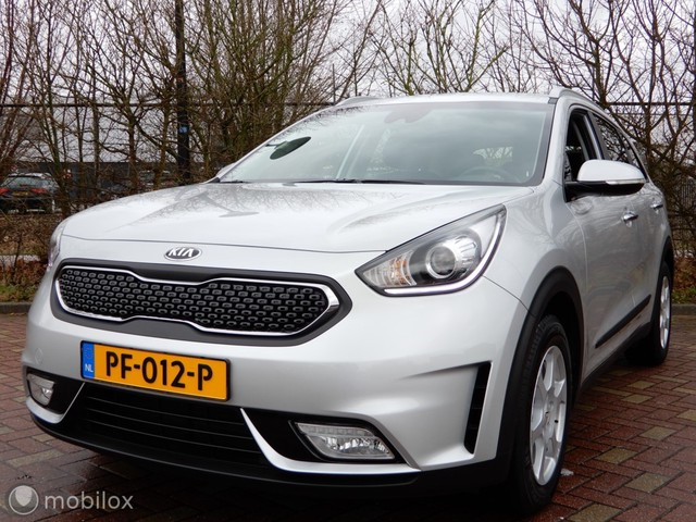 Kia Niro 1.6 GDi Hybrid First Edition CAMERA LEDEREN BEKLEDING LED PDC ETC.!