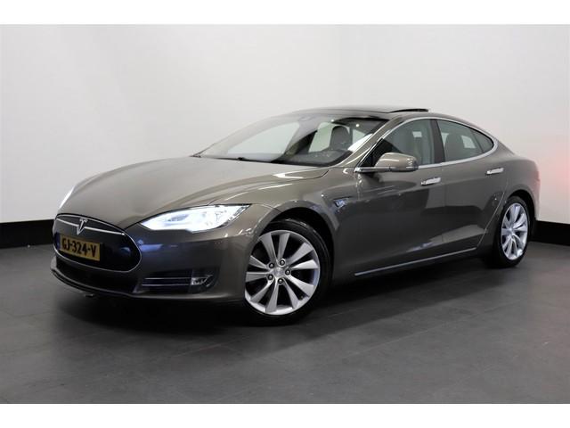Tesla Model S 70D 335 PK   AUTOPILOT   PANO-DAK   NEXT GEN.   € 33.950,- Ex.