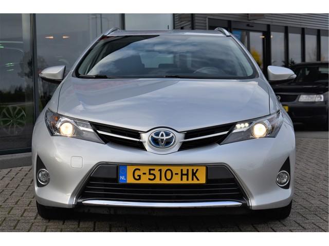 Toyota Auris 1.8 Hybrid Lease+ Camera, Navigatie, Cruise Control, Isofix