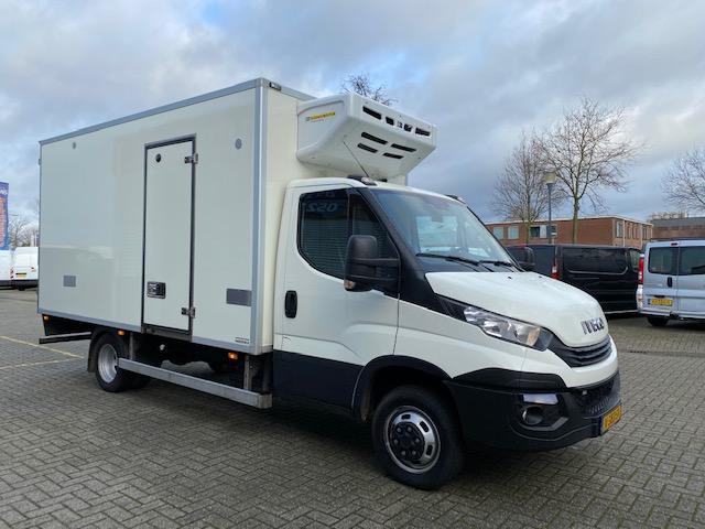 Iveco 40-180 automaat / bakwagen met koeling   lease € 629   fabrieksgarantie tot 12-02-2021 !   airco   cruise