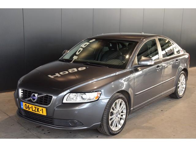 Volvo S40 2.0 D4 Momentum Automaat Navigatie Rijklaarprijs Inruil Mogelijk!