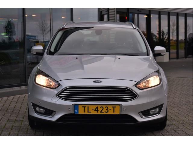 Ford Focus Wagon 1.5 TDCI Titanium Automaat, Navigatie, Cruise Control, Parkeersensoren