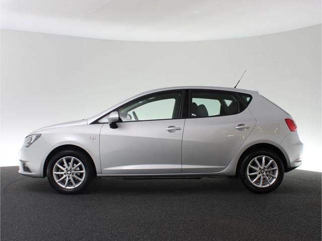 Seat Ibiza 1.0 95pk EcoTSI Style Connect | Navigatie | Parkeerhulp achter | Cruise Control | Bluetooth | Buitenspiegels elektrisch verstelb