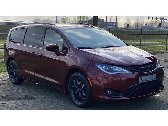 Chrysler Voyager Pacifica unieke S UITVOERING met 30% KORTING