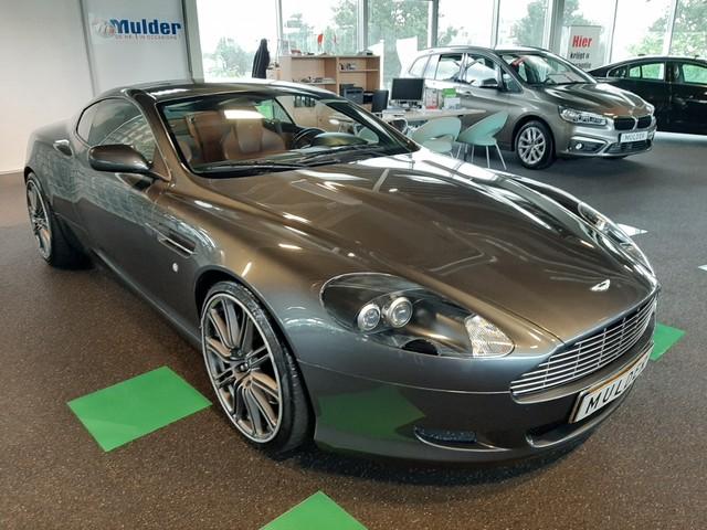 Aston Martin DB9 5.9 V12 . 457pk