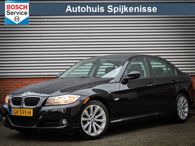 BMW 3 Serie 328i Executive  6 cilinder   234 PK