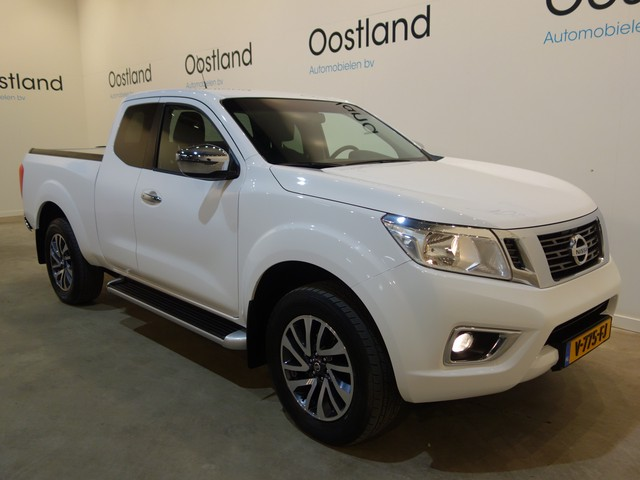 Nissan Navara 2.3 dCi King Cab 165 PK 4WD   4X4   Airco   Trekhaak 3500 KG   Navigatie   40.700 KM !!