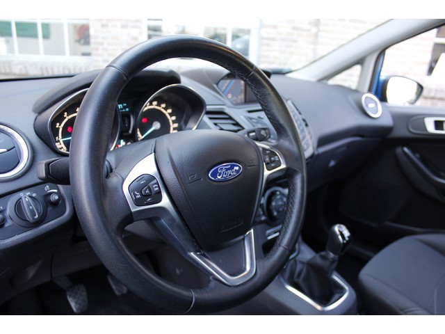 Ford Fiesta 1.0 Facelift Navigatie, TEL Bluetooth, Cruise Control, 5 deurs, Airconditioning