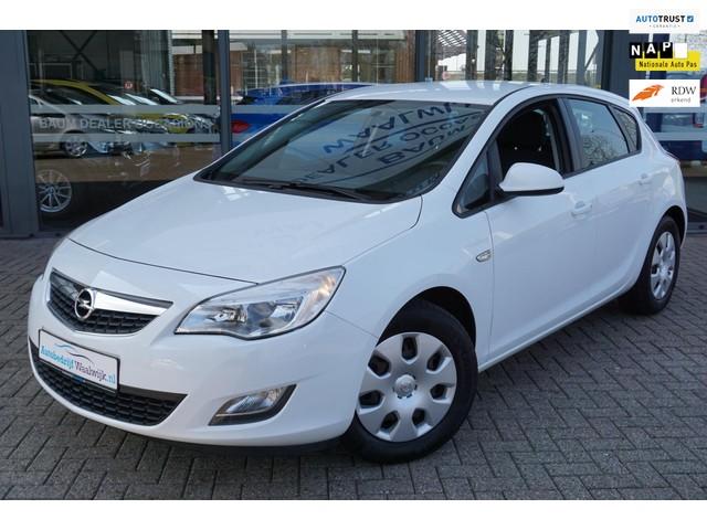 Opel Astra 1.4 Turbo Business Edition Airco Navi Trekhaak Cruise Elec.pakket