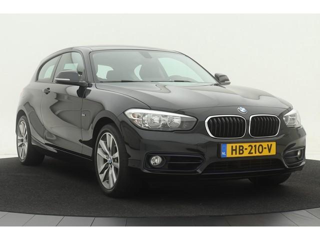BMW 1 Serie 118i Sport | Automaat | 1e eigenaar | Navigatie | Sportstoelen | Climate control | Cruise control | Parkeersensoren