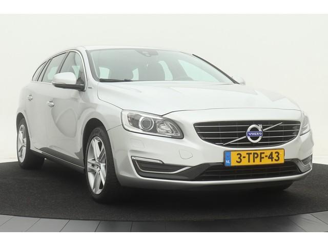 Volvo V60 2.4 D6 AWD Plug-in Summum *Ex BTW* | 1e eigenaar | Dealer onderhouden | Xenon | Leder | Stoelverwarming | Trekhaak