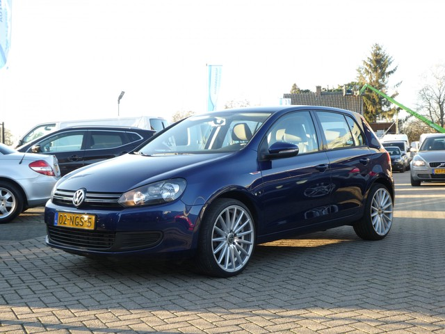 Volkswagen Golf 1.2 TSI Comfortline BlueMotion Airco Cruise Control 5drs .