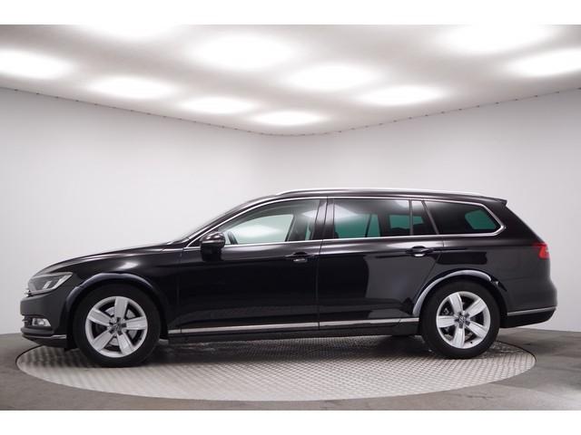 Volkswagen Passat Variant 1.6 TDI Aut. Connected Series Plus Schuif Kanteldak Leer Alcantara Adapt.Cruise