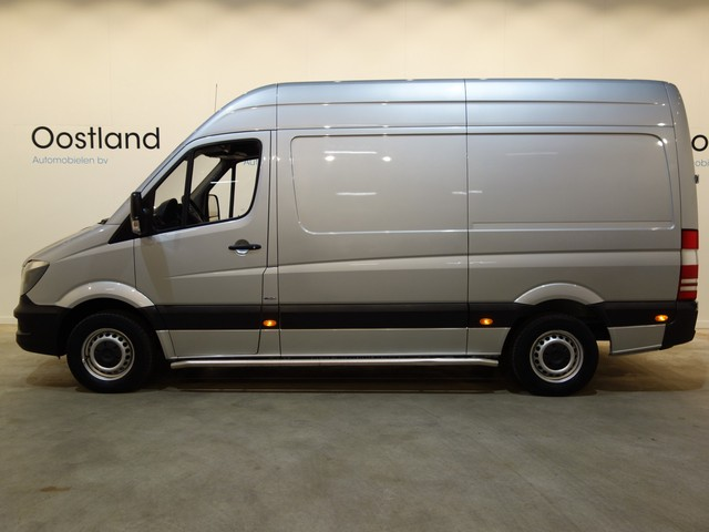 Mercedes-Benz Sprinter 313 2.2 CDI L2H2 Automaat Servicewagen   Modul-System Inrichting   220V.   Airco   Cruise Control   Oprijplateau   3-Zits