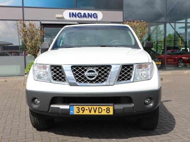Nissan Navara 2.5 dCi SE King Cab AIRCO TREKHAAK 3.000 KG GEREMD