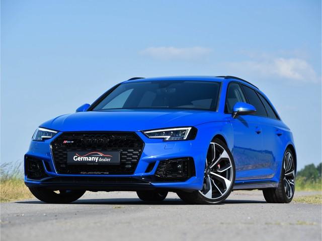 Audi RS4 Avant 2.9TFSI 450pk quattro Pano Dyn-Pakket HUD Schaalzetels Sportuitl+onderstel 280kmh