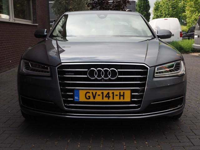 Audi A8 4.0 TFSI V8 436PK Quattro Pro Line+ Matrix 360 Camera Luchtvering Uniek!