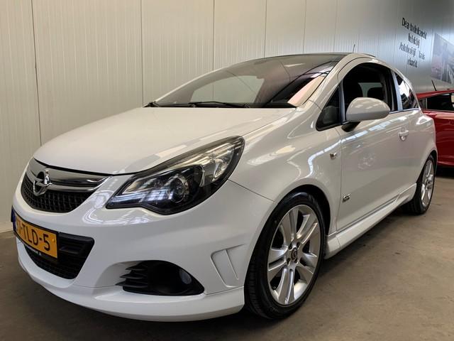 Opel Corsa 1.4-16V OPC-Line NAVI-AIRCO-PANODAK-SPORT.INT-PDC