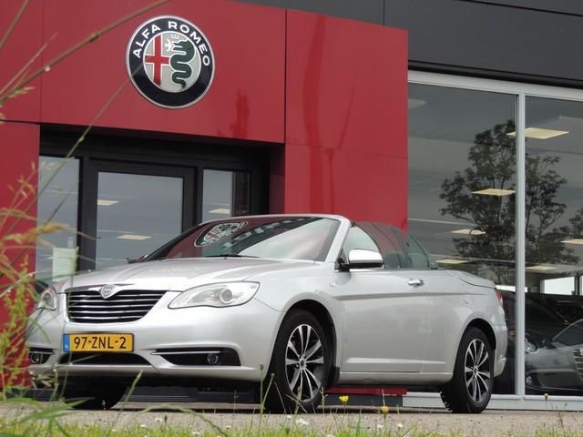 Lancia Flavia 2.4 | Automaat | Navigatie | Lederen Bekleding