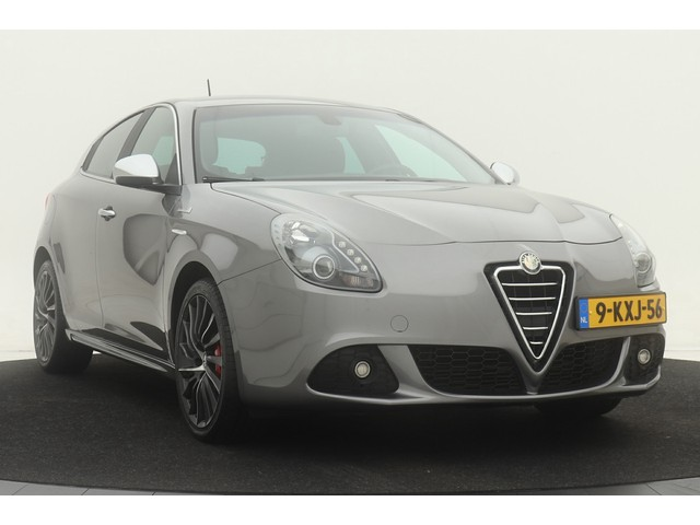 Alfa Romeo Giulietta 1.4 Turbo 170pk aut. | Distinctive | Navigatie | Half leder | Climate control | Cruise control