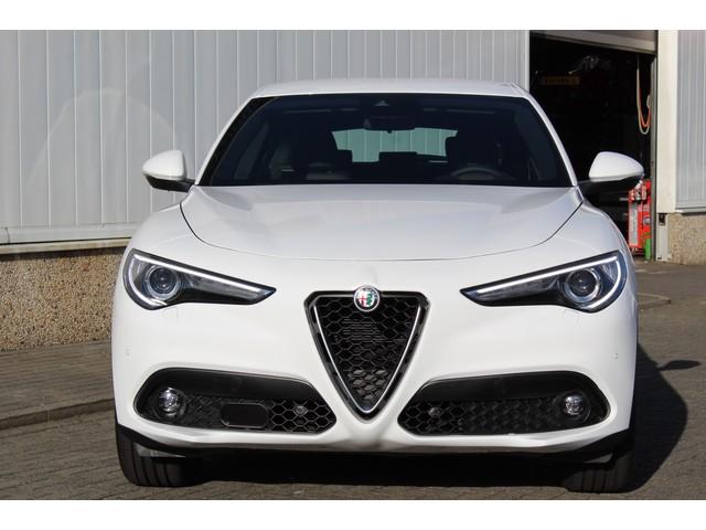 Alfa Romeo Stelvio 2.2 JTD AT 180PK SUPER CORPORATE EDITION |ZEER COMPLEET