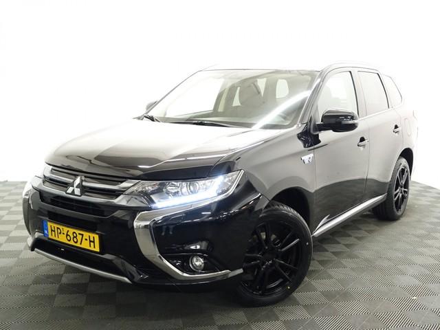 Mitsubishi Outlander 2.0 PHEV Executive Black Edition 4WD Aut- leer, Navi, Camera, Xenon, Slechts 68dkm!