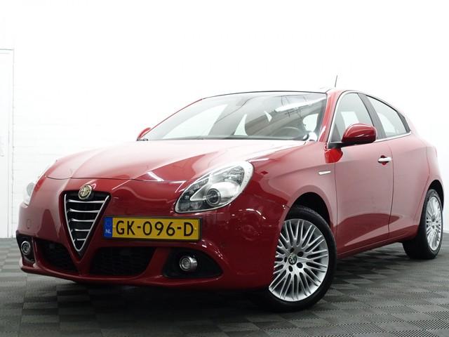 Alfa Romeo Giulietta 1.4 Turbo Exclusive 170pk Aut- Panoramadak, Leer, Navi, Xenon, full