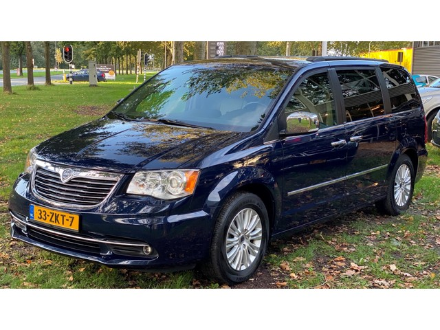 Chrysler Grand Voyager 3.6 V6 Platinium ALLE OPTIES!! NL-Auto