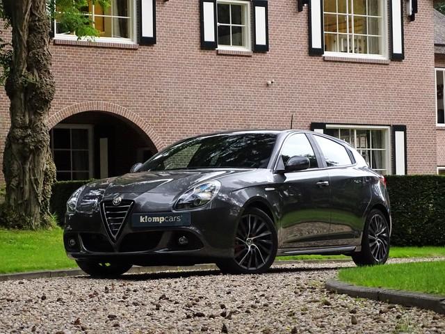 Alfa Romeo Giulietta 1.7 TBi QV Beugelst Brembo Stoelverw Leer PDC 1eEigenaar
