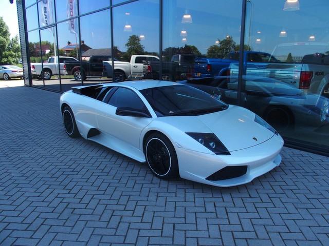 Lamborghini Murcielago LP640 MET F1 SOUND!