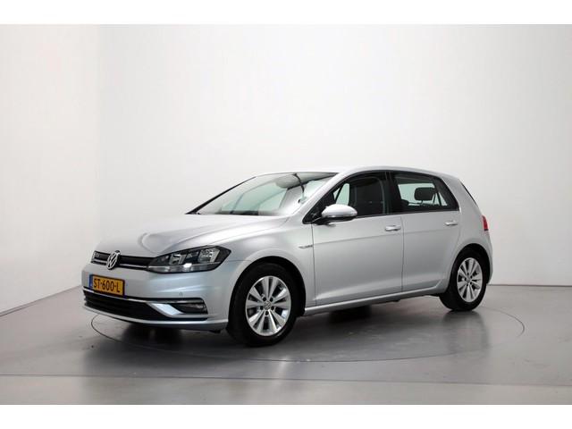 Volkswagen Golf 1.5 TSI 130pk Comfortline 6-bak Navigatie Parkeersensoren DAB+ App-Connect