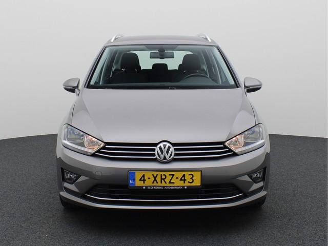 Volkswagen Golf Sportsvan 1.2TSI 111PK Highline Executive · Massage functie · Trekhaak · Stoelverwarming