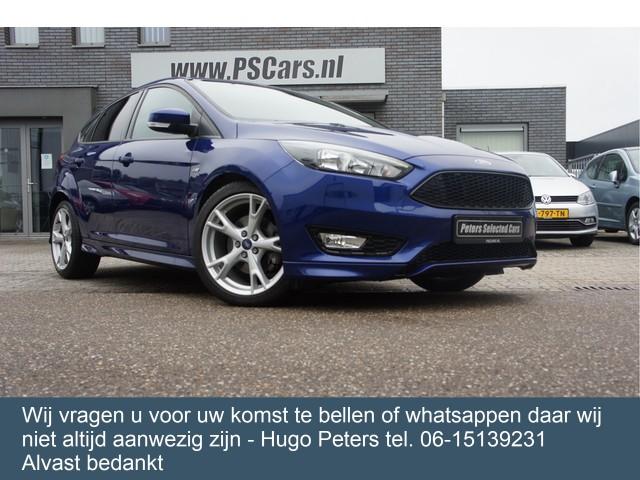 Ford Focus 1.5 ST-Line Bluetooth Camera Navigatie Velgen 150pk Bel 0615139231 voor een afspraak !!