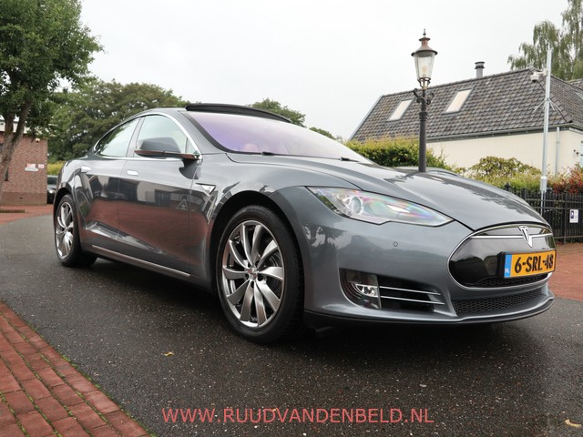 Tesla Model S P85+ PANO LUCHTVERING DOLBY 32A FREE SUPERCHARGING
