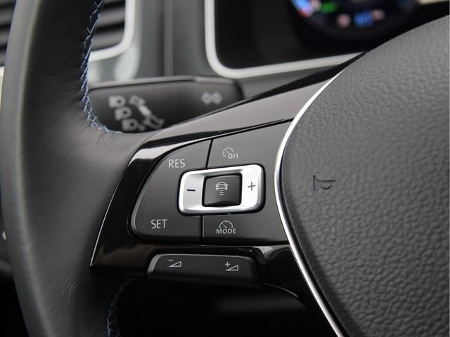 Volkswagen e-Golf 136PK Excl btw   Virtual Cockpit   Acc   Keyless   4% bt   2.000 subsidie