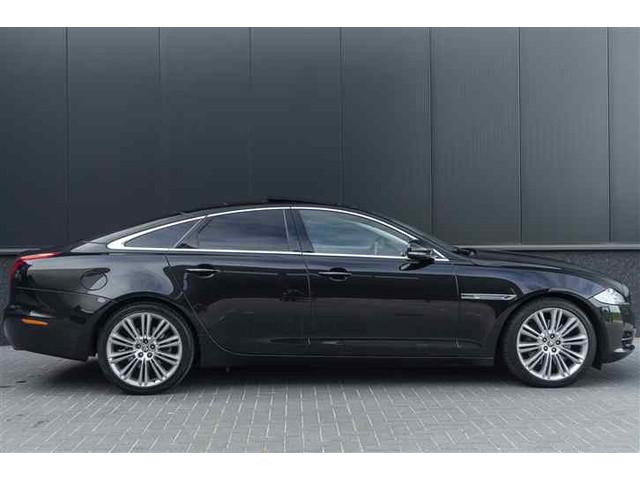 Jaguar XJ 3.0 V6D Premium Luxury 275PK Panodak Navi Leder Memory Camera DEALER ONDERHOUDEN