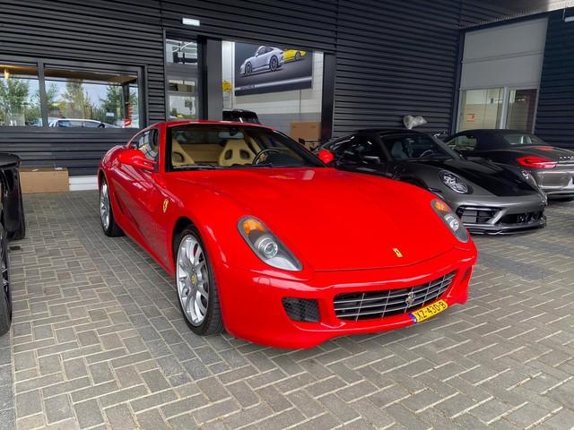 Ferrari 599 6.0 GTB Fiorano, F1, 620 PK, Racing Seats, Carbon, 48DKM, Full History!!
