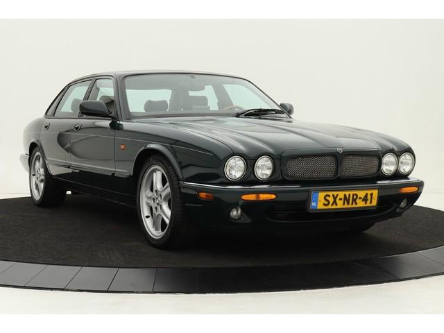 Jaguar XJR 4.0 V8 | 2de eigenaar | Dealer onderhouden | Volleder | Climate control | Elektr. verstelbare stoelen