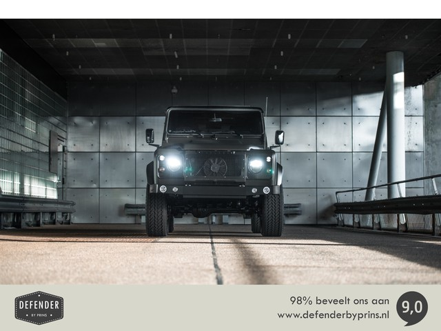 Land Rover Defender 2.4 TD4 90 | CHELSEA | UNIEK | 1 OF 1 | CUSTOM