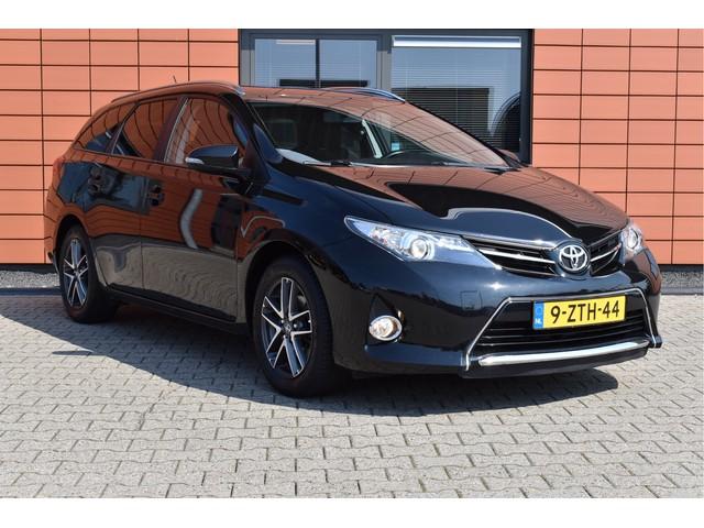 Toyota Auris Sports 1.6 132 pk Navigatie Camera 1.300kg Trekgewicht