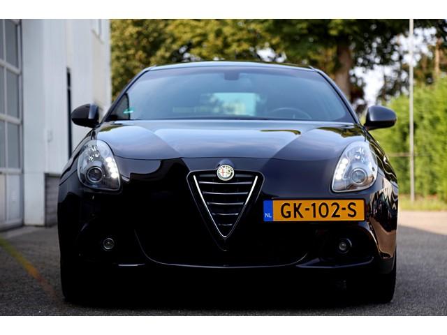 Alfa Romeo Giulietta 1.6 JTDm QV-Line*NL-Auto*Perfect Alfa Onderh.*1ste Eigenaar!*Facelift*Navi LED Sportstoelen DNA Climate Control Cruise-Control*