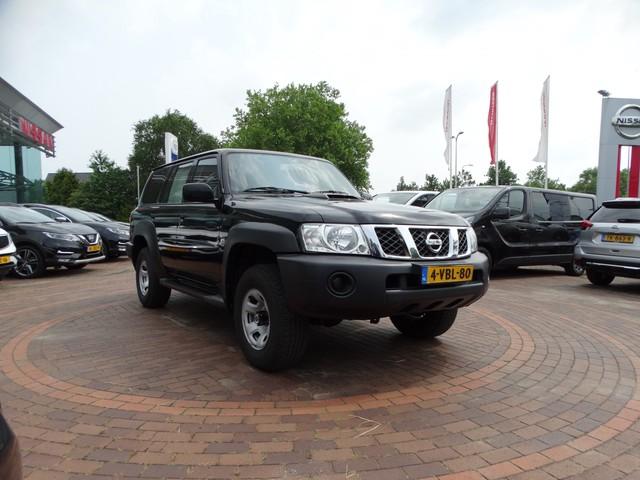 Nissan Patrol GR 3.0 Di XE Comfort 4WD | GRIJS KENTEKEN | AIRCO | TREKHAAK