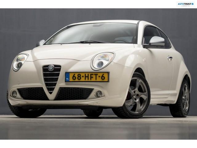 Alfa Romeo MiTo 1.4 Distinctive Sport (AIRCO, LEDEREN SPORTSTOELEN, XENON, PARKEERSENS, SPOILER, NIEUWSTAAT)