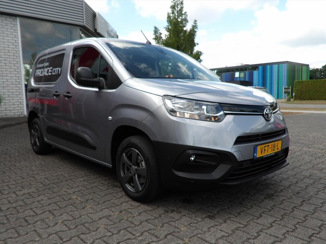 Toyota PROACE CITY Professional NAVI PROEFRIT AAN HUIS