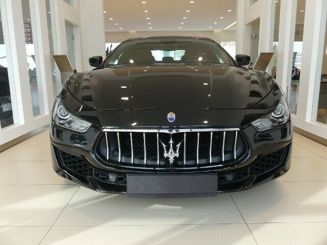 Maserati Ghibli 3.0 V6 350 PK Bruin Leer 19 Inch