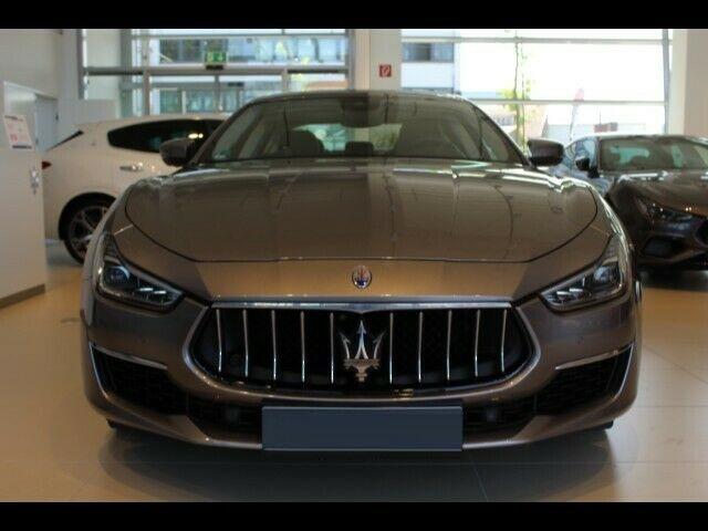 Maserati Ghibli 3.0 V6 GranLusso 350 PK ACC Stoelkoeling Schuifdak 20 Inch