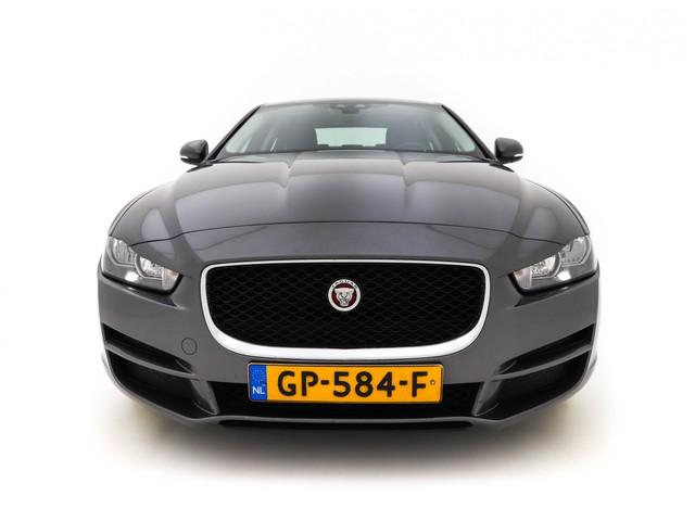 Jaguar XE 2.0 D Pure Memory-Pack *NAVI+MERIDIAN-SOUND+ECC+PDC+CRUISE+MEMORY*