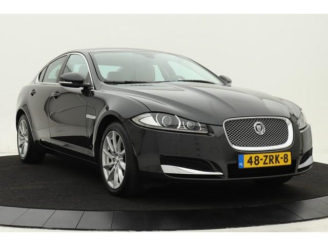 Jaguar XF 2.2D | Dealer onderhouden | Xenon | Navigatie | Leder | Stoelverwarming | Parkeersensoren